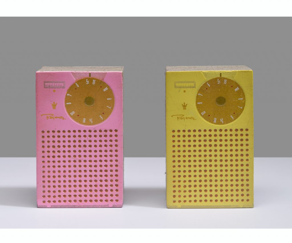 &nbsp;<em>radio radio,</em> double sided / acrylic on linen, 5.25